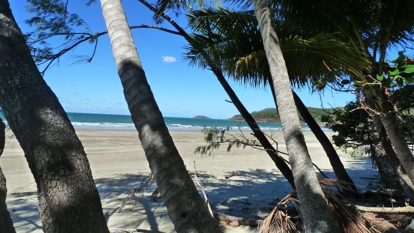 Nina Bay