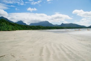 White sands covering the Zoe Bay beach at Hinchinbrook Island
