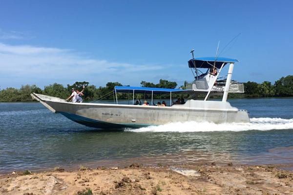 Boat for travelers and Hikers at Hinchinbrook Island